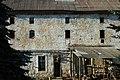 Замок Нойхаузен 1 фасад состояние объекта.jpg