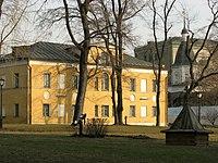 Здание духовного училища, Спасо-Андроников мон-рь.JPG