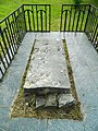Могила Аарона Перлова на колишньому єврейському кладовищі в смт. Млинів.JPG