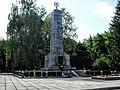 Пам'ятник воїнам, загиблим за звільнення Жовтих Води за часи Другої Світової Війни.jpg