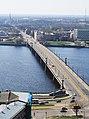 Рига (Латвия) Каменный мост и далее за реку Даугаву, на Запад - panoramio.jpg