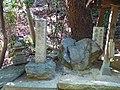 藤原永手の墓(杜本神社境内) 羽曳野市駒ヶ谷 2012.2.12 - panoramio.jpg