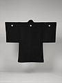 黒平絹地富士図羽織 男物-Man's Formal Jacket (Haori) MET DP330782.jpg