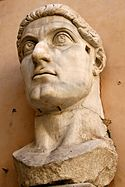 Patung kolosal Konstantinus I