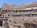 0 Interior del Coliseo, verano del 2016, Roma, Italia 12.jpg