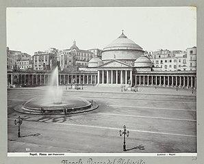 1111 Napoli Piazza del plebiscito (titel op object) Napels, piazza del Plebiscito. (titel op object), RP-F-2007-358-29.jpg