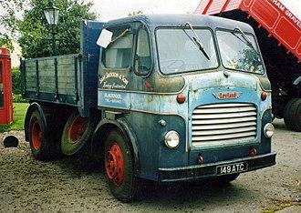 Leyland Comet - 1956 Leyland Comet 100