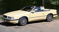 1989 Chrysler TC by Maserati, front side.jpg