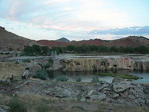 Hot Springs State Park - Image: 2003 08 16 Hot Springs State Park across Big Horn River 1