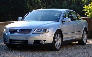 Volkswagen Phaeton - Image: 2005 VW Phaeton