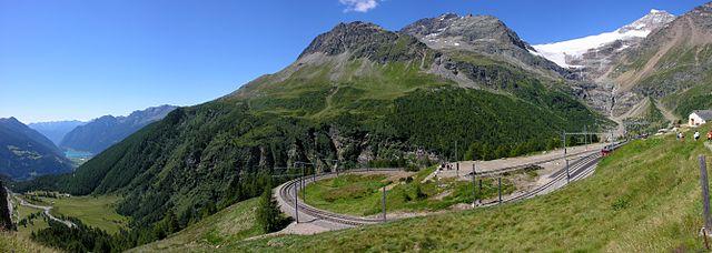 レーティッシュ鉄道アルブラ線・ベルニナ線と周辺の景観の画像 p1_4