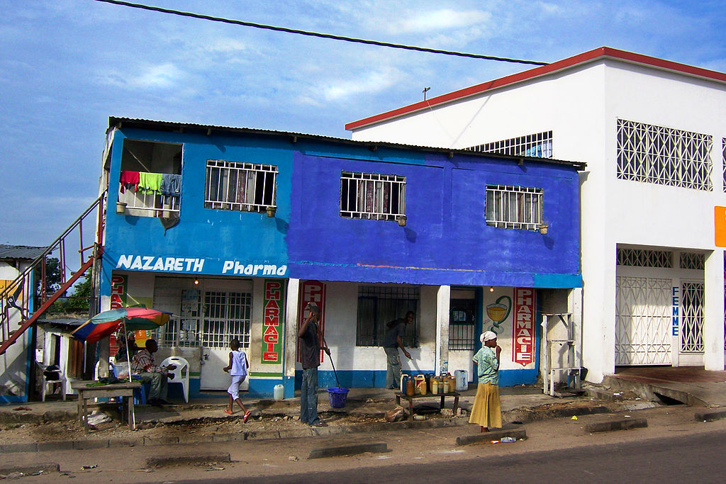 2007 pharmacy Kinshasa 2128184986.jpg