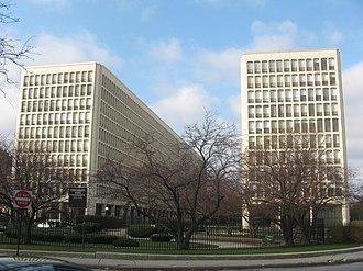 University Apartments (Chicago) - University Apartments in 2011