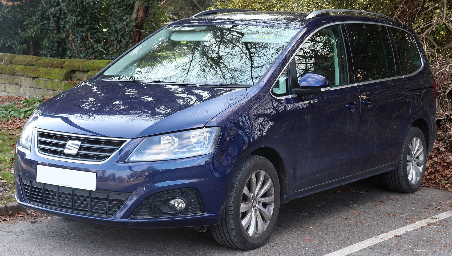 2017 SEAT Alhambra SE TSi 1.4.jpg