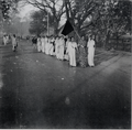 21 Feb 1953 Dhaka University female students procession 1.png