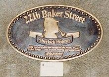 220px-221b_Baker_Street.jpg