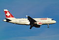 329ab - Swiss Airbus A319-112, HB-IPS@ZRH,30.10.2004 - Flickr - Aero Icarus.jpg