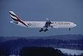 388ag - Emirates Airbus A340-313, A6-ERR@ZRH,29.12.2005 - Flickr - Aero Icarus.jpg