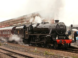 LMS Stanier Class 5 4-6-0 5407 - Image: 45407 The Lancashire Fusilier at Wakefield Kirkgate Station