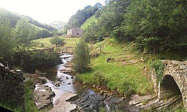 7. Valle de Viaña- Cantabria.jpg