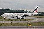 777-200ER AIR FRANCE SBGR (34390900651).jpg