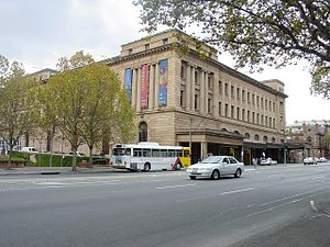 Adelaide railway station - Image: Adelaide Railway Station (5355858619)