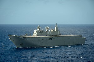 Aerial photo of HMAS Canberra at RIMPAC 2016.jpg