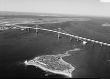 Aerial view of Claiborne Pell Newport Bridge - 01.jpg