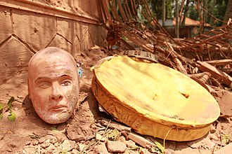 Puttingal temple fire - After Puttingal temple Fire- Sree Narayana Guru statue head