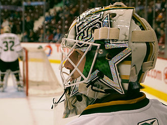 Andrew Raycroft - Raycroft debuts his new goalie mask against the Vancouver Canucks.