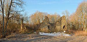 Angerja - Image: Angerja linnuse varemed 21 04 2013