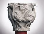 Anonyme toulousain - Chapiteau de colonne simple , Monstres dans des lianes - Musée des Augustins - ME 225 (3).jpg