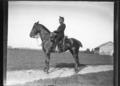 ArCJ - Militaire à cheval - 137 J 2497 a.tif