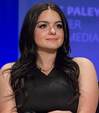 Ariel Winter PaleyFest 2015 (16859744400) (cropped).jpg