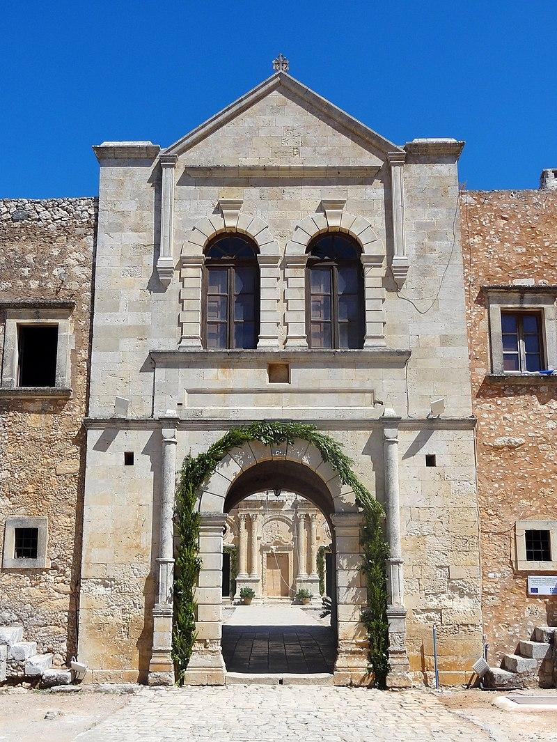 Arkadi Kloster Westtor 03.jpg