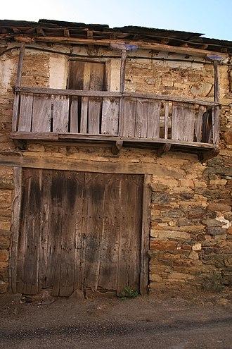 Aliste (comarca) - Traditional architecture in Aliste.