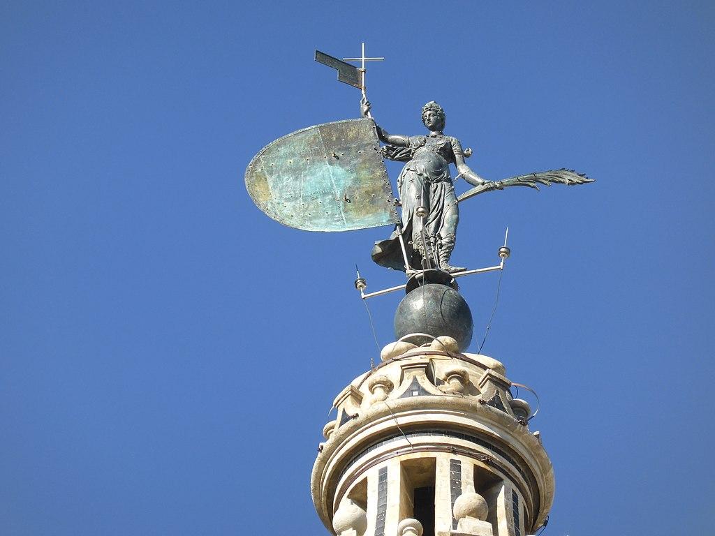 Statue de la Foi au sommet de la Giralda à Séville - Photo de Carlos Teixidor Cadenas