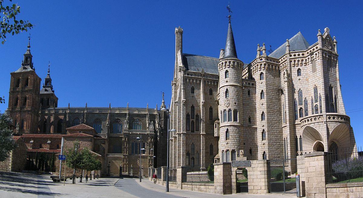 Catedral y Palacio Episcopal de Gaudí, en Astorga