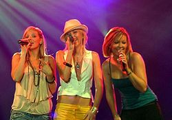 Atomic Kitten in concerto nel 2005