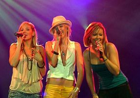 Atomic Kitten in concert.jpg