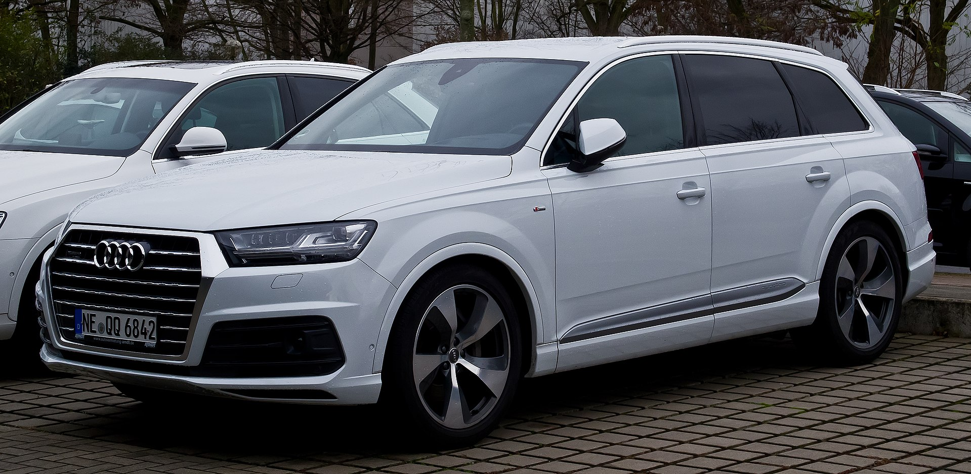 audi q7 wikipedia. Black Bedroom Furniture Sets. Home Design Ideas