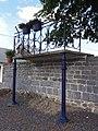 Baives (Nord, Fr) kiosque à musique en balcon.jpg
