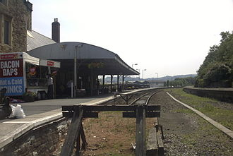 Barnstaple railway station - Looking towards Exeter