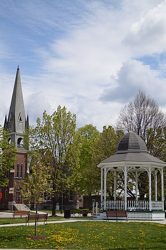 Barre (city), Vermont - Image: Barre City park gazebo and church