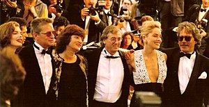 Paul Verhoeven - Presentation of Basic Instinct at the 1992 Cannes Film Festival. Left to right: Jeanne Tripplehorn, Michael Douglas, Martine Tours (Verhoeven's wife), Paul Verhoeven, Sharon Stone and Mario Kassar