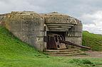 Batterie Longues-sur-Mer bunker gun 2.jpg