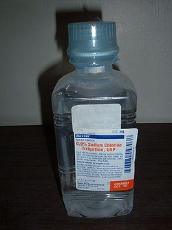 08ad285f8 محلول ملحي للتطهير. يستخدم هذا النوع لتطهير الجروح والأنسجة وتجويفات الجسم  والمثانات. لا ينبغي استخدامه عن طريق الوريد. تختلف تركيزات المحلول الملحي من  ...