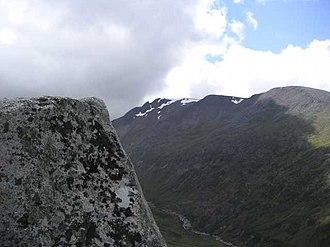 Càrn Mòr Dearg - Càrn Mòr Dearg: seen from Aonach Mor