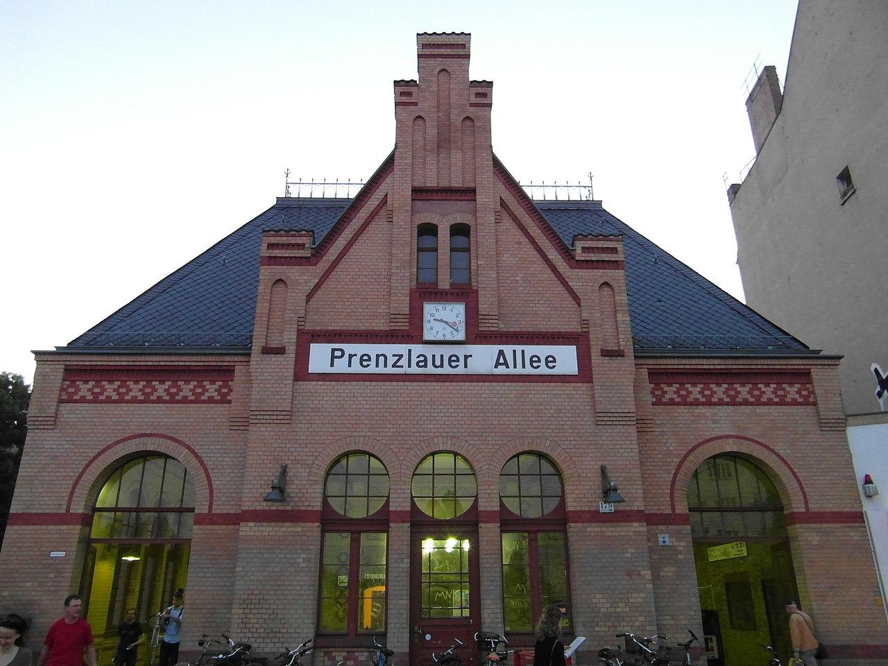Prenzlauer Allee 39 : file berlin s bahnhof prenzlauer allee ringbahn ~ Watch28wear.com Haus und Dekorationen