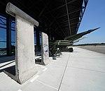 Berlin Wall (4) (46020101441).jpg